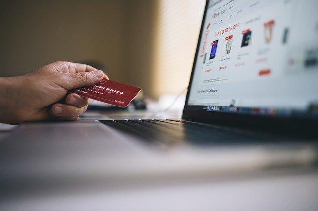 Jak założyć własny sklep bez poważnych inwestycji?